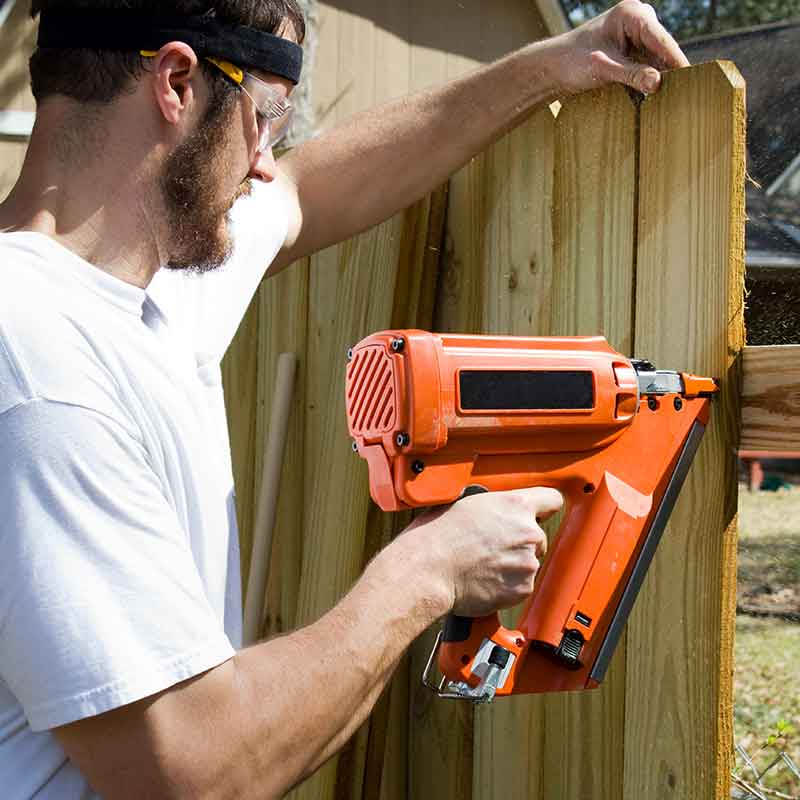 do it yourself fence builder