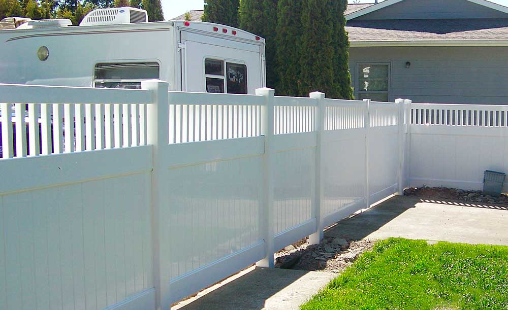 Privacy with picket accent vinyl fence
