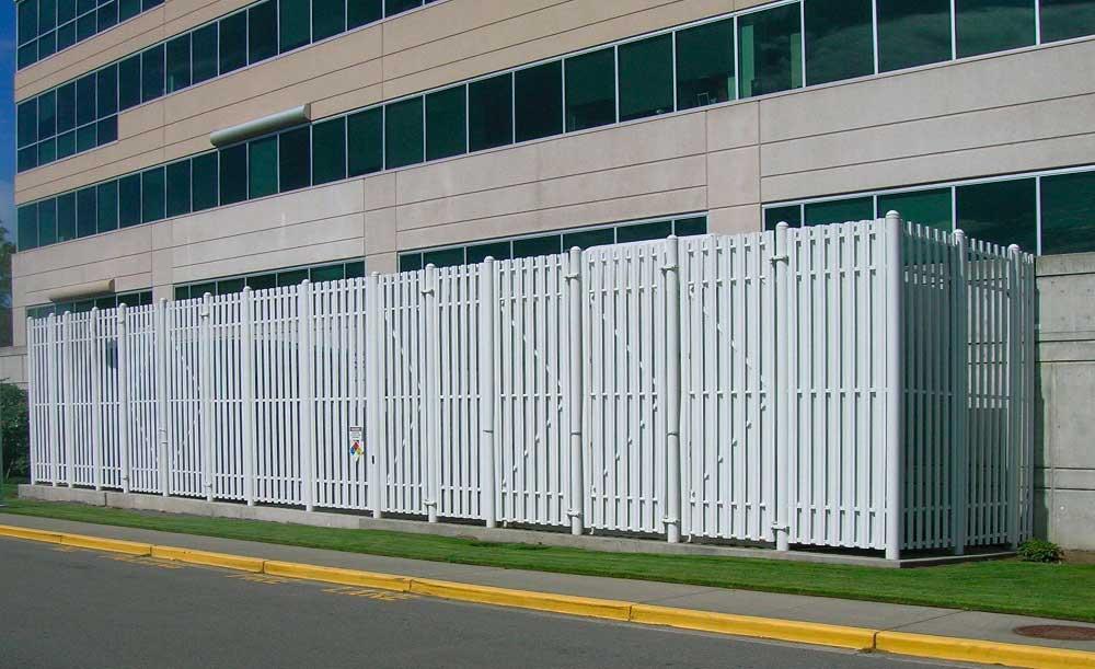 Impasse Iron fence