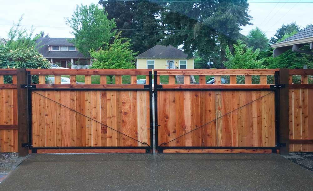 Lexington style cedar fence with black steel frame double swing gate