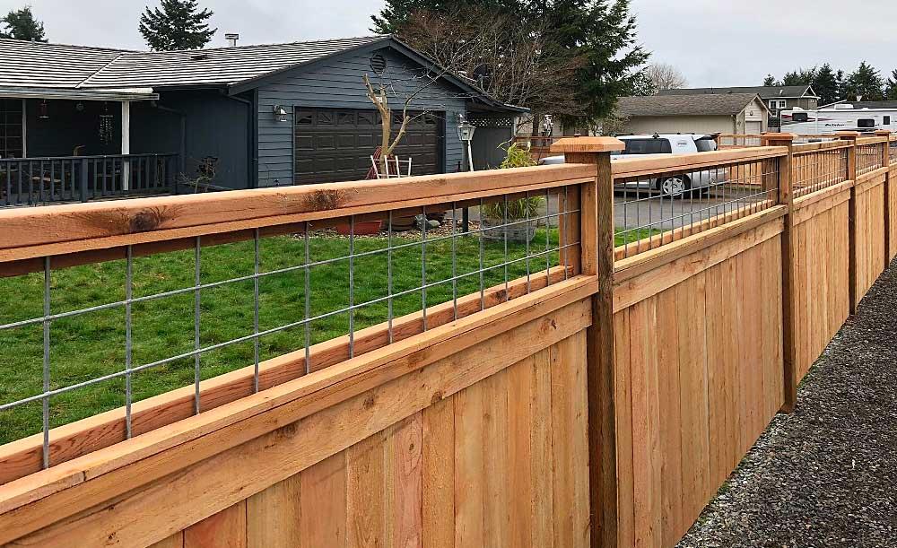 Hi-Fi Lattice Top style cedar fence