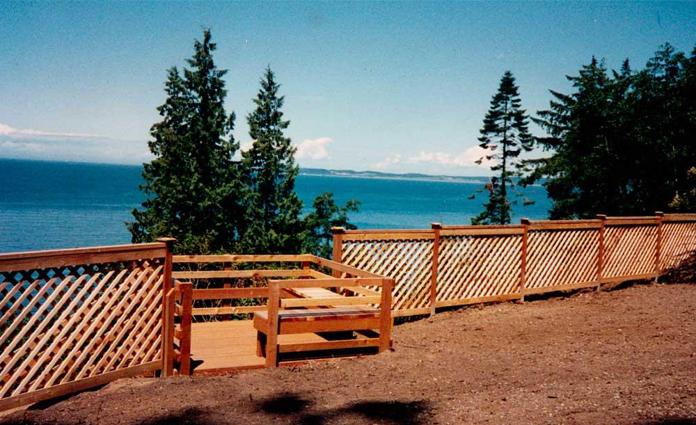 Diagonal Lattice Panel style cedar fence
