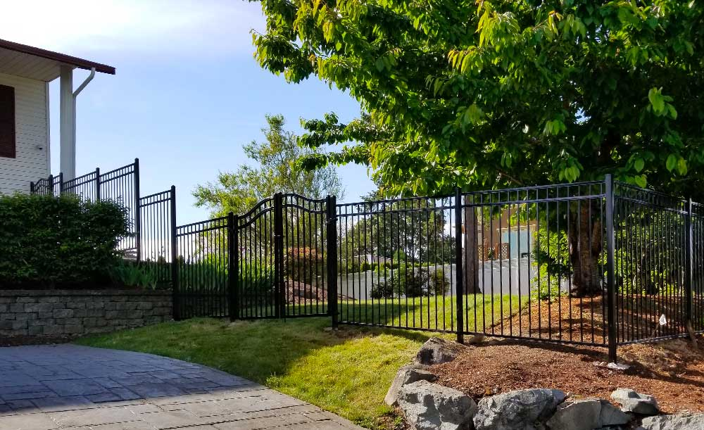 Montage Majestic 3-rail with arched double gate