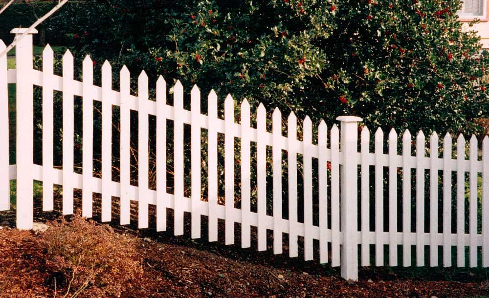 Standard Picket cedar fence