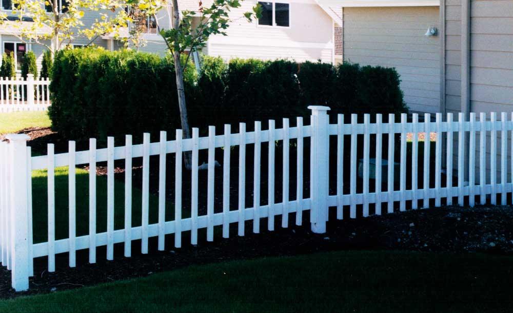 2x2 Picket cedar fence