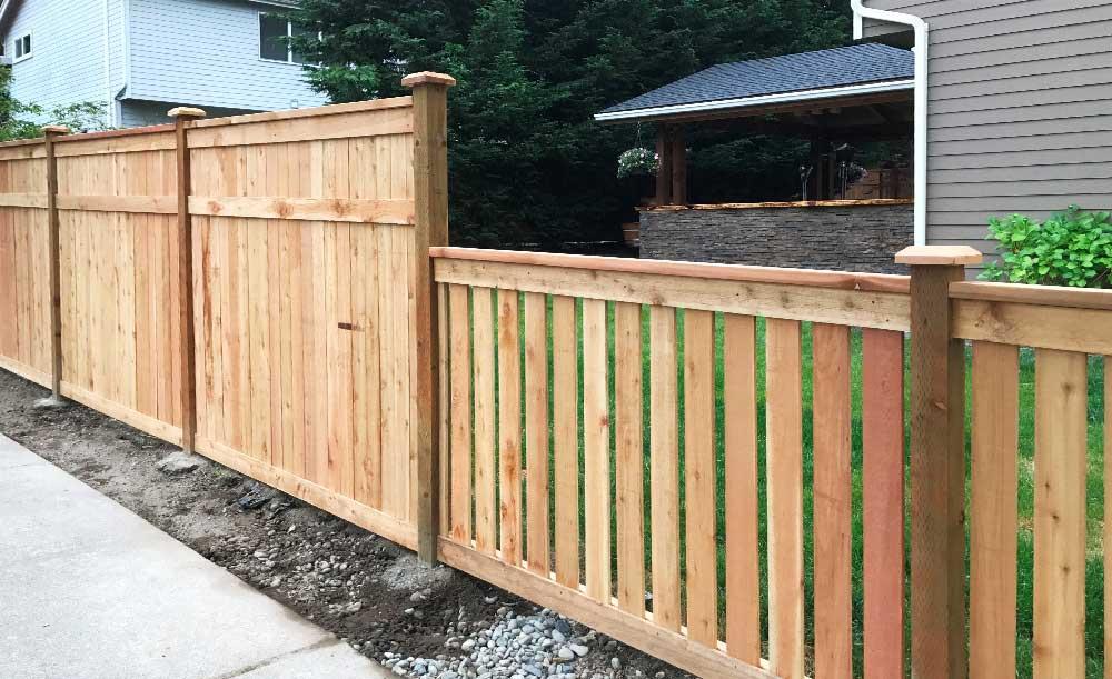 Hampton and Full Panel style cedar fences