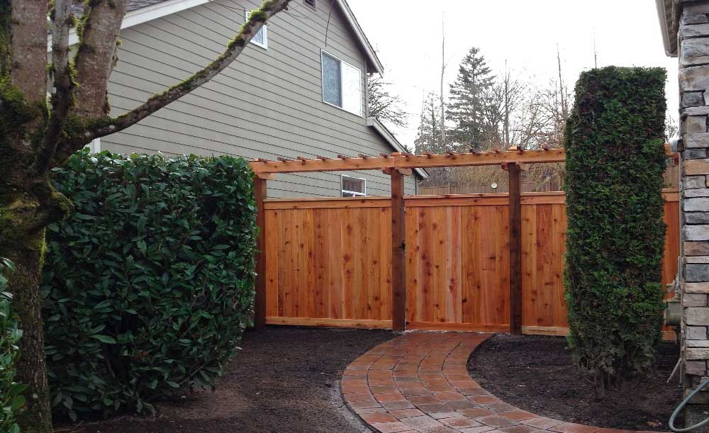 Full Panel style cedar fence with trellis and 6x6 posts